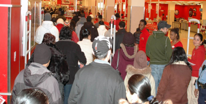 Christimas shoppers lined up for the holiday sales on the it toy